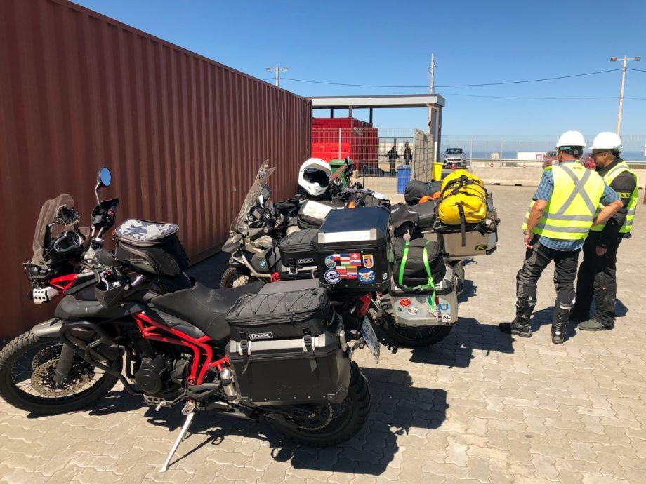 Zoll Inspektion der Motorräder in San Antonio
