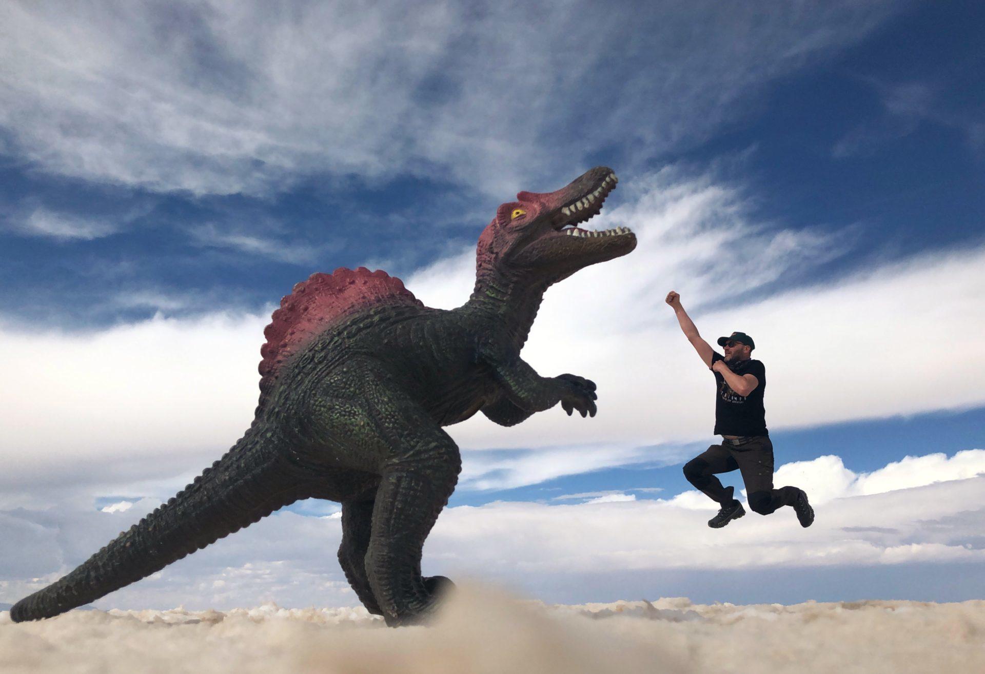 Tom und der T-Rex Salar Uyuni