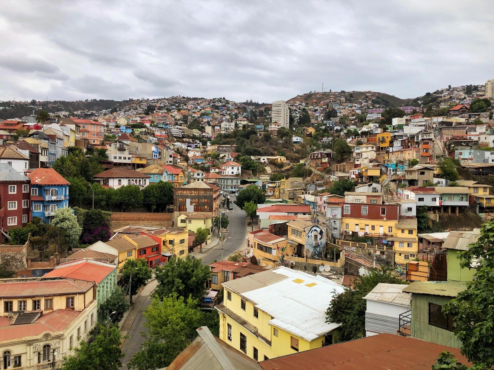 Valparaíso - Blick auf einen Teil der Stadt