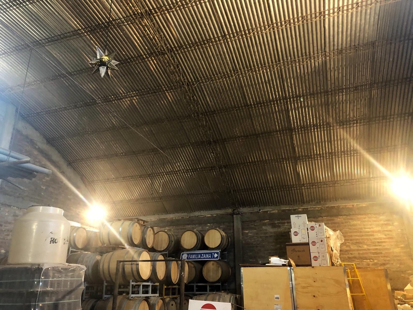 Das ist die Garage vom zweiten Weingut