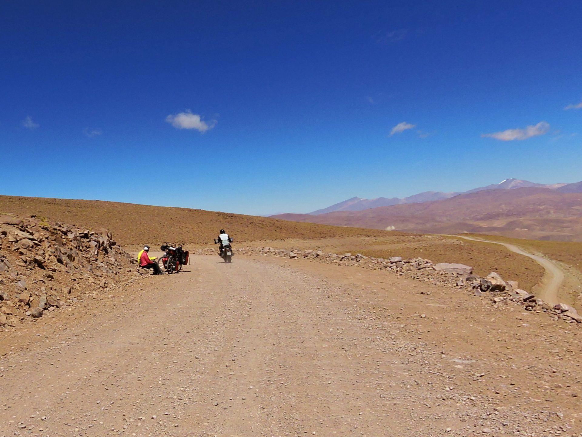 Radfahrer am Pass Abra de Acay