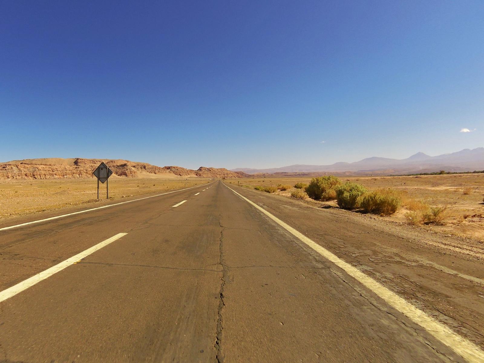 Diese Landschaft sollte uns über 200 Kilometer verfolgen