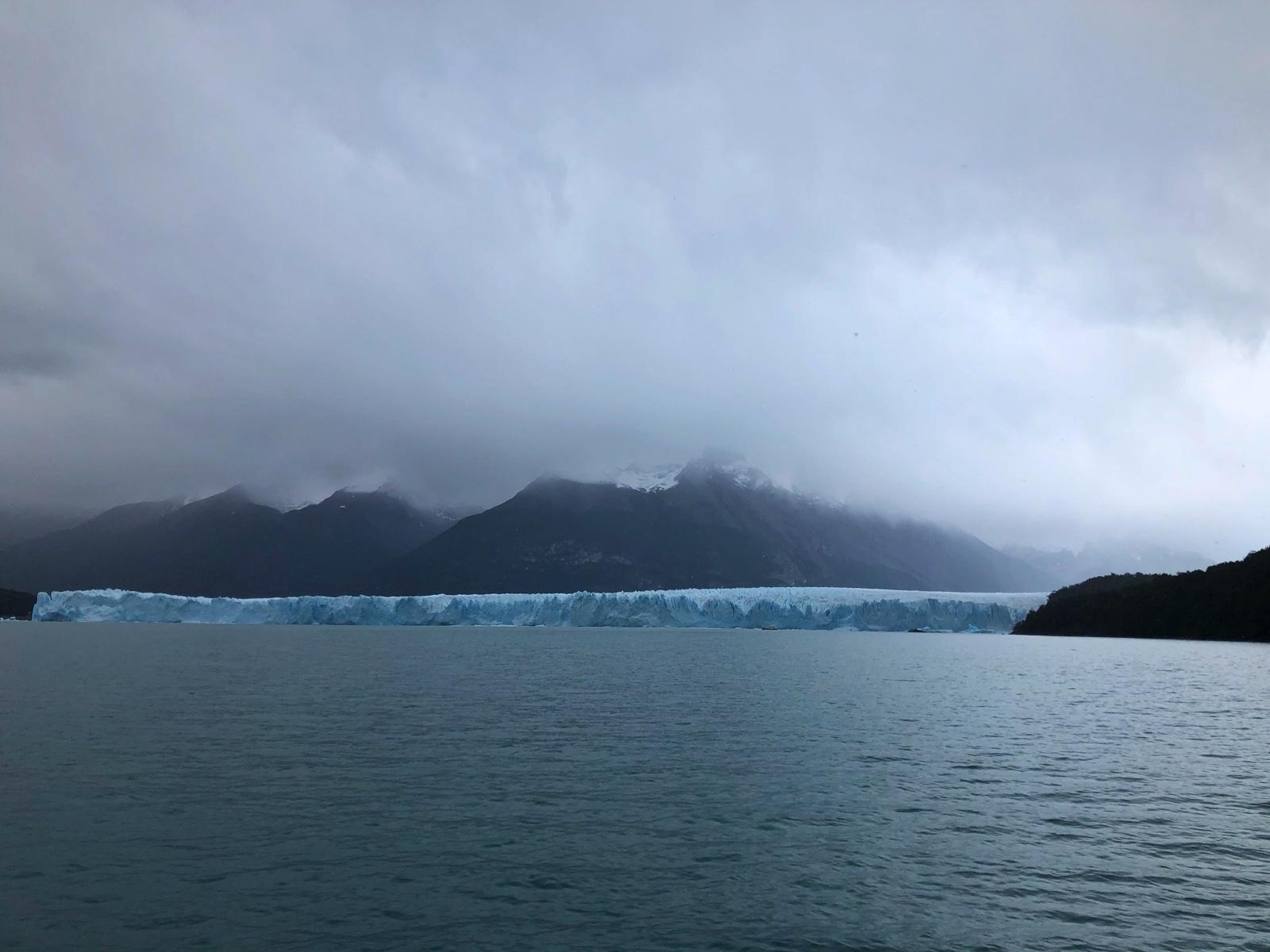 Anfahrt auf die südliche Zunge des Gletschers